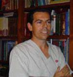 fotografía tamaño carnet de Dr. Antonio J. Pérez-Caballer