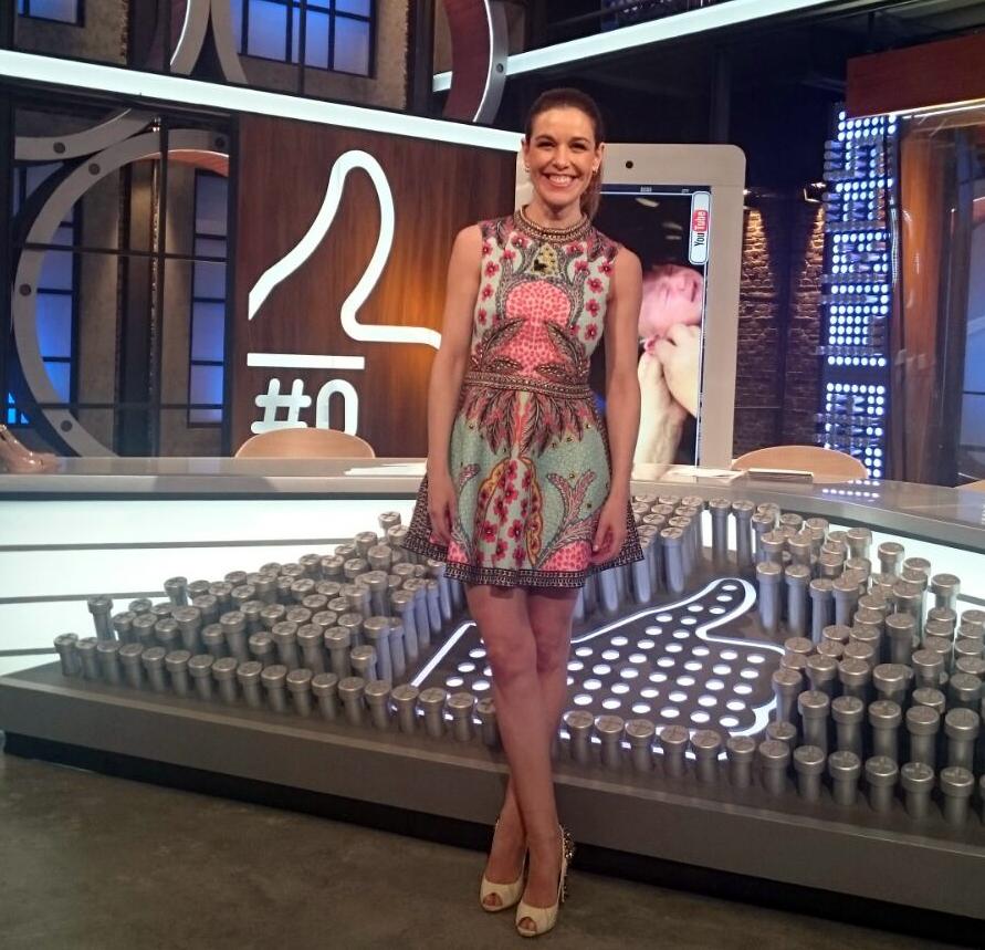 fotografía tamaño carnet de Rutinas de recuperación tras el embarazo con Raquel Sánchez Silva
